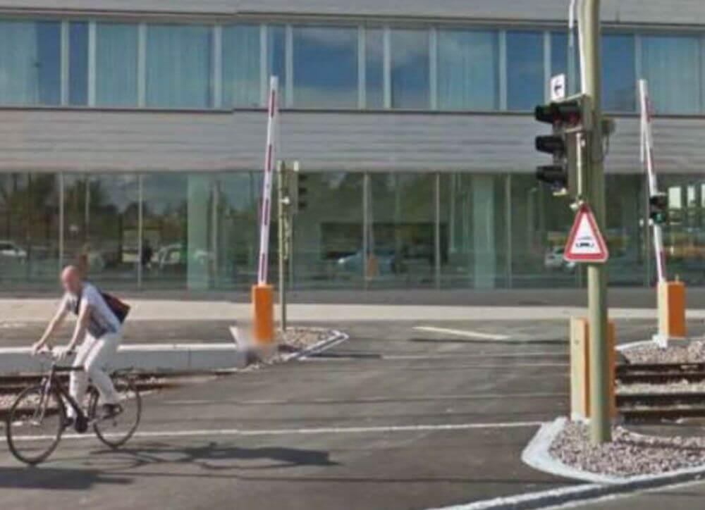 LSA Emil-Frey-Strasse Münchenstein BL / Kreuzung Schiene Strasse